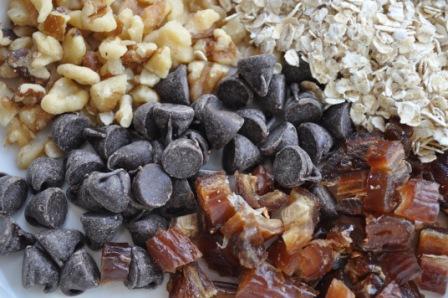 recipe: oatmeal date walnut cookies [34]